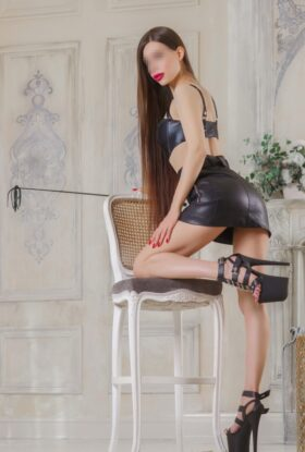 Escort Karina BDSM Sweet